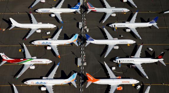 Un grupo de aviones Boeing 737 Max permanecen retenidos en el aeropuerto de Seattle (EEUU)