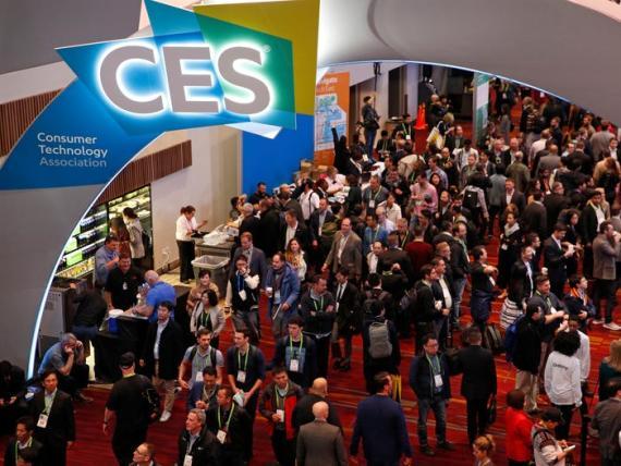 Una imagen de la multitud durante el CES 2018. (AP Photo / John Locher, File)