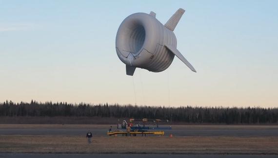 Este molino de viento flotante genera el doble de electricidad que una turbina eólica convencional