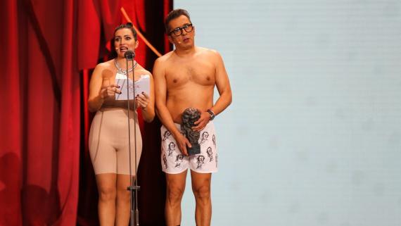 Silvia Abril y Andreu Buenafuente presentaron los 33º Premios Goya.