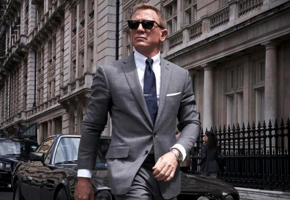 """Daniel Craig en el papel de James Bond en """"No Time to Die"""""""