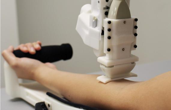Robot hace análisis de sangre