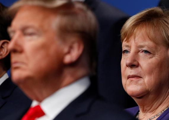 Donald Trump, presidente de los Estados Unidos y Angela Merkel, canciller alemana, en una fotografía de archivo.