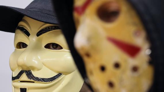 Hackers del grupo hacktivista ucranio RUH8, en una entrevista con Reuters.