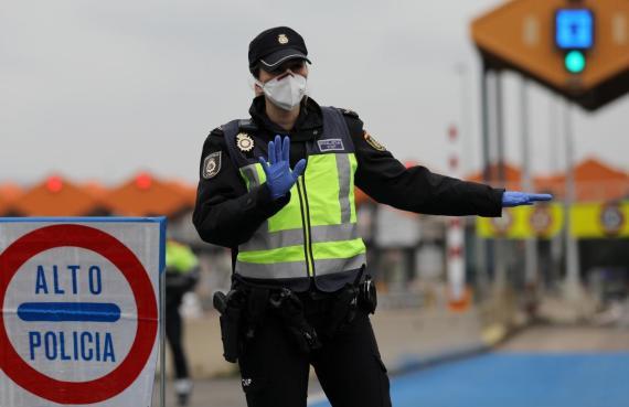 Policía en francia.