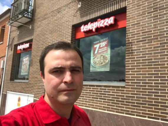 Iván Escudero, repartidor en Telepizza.