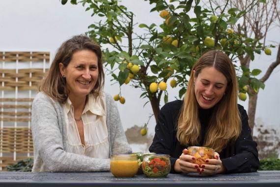 Nora Barrata y Nora Vallcorba, madre e hija, fundadoras de la startup Nora Real Food