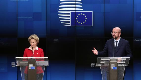 La presidenta de la Comisión Europea, Ursula von der Leyen, y el del Consejo Europeo, Charles Michel