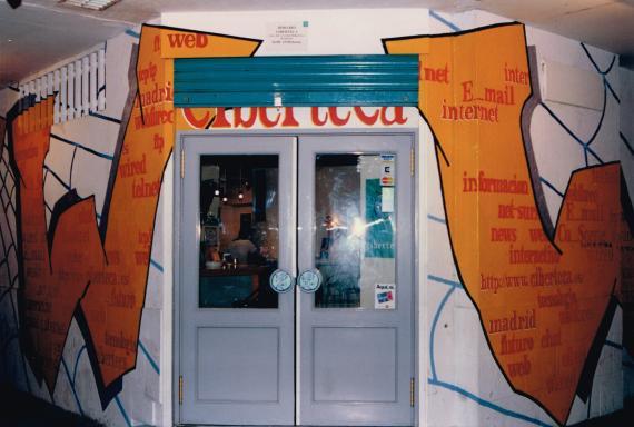 La Ciberteca, primer cibercafé de España.