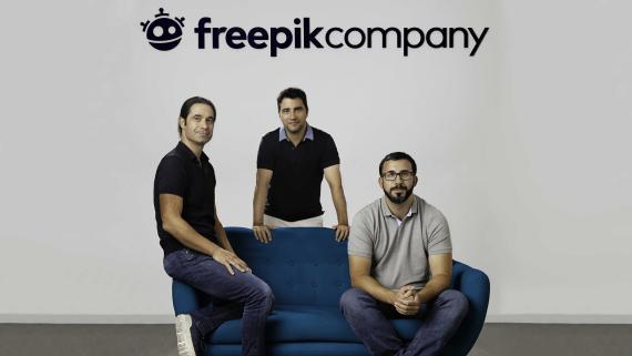 El equipo fundador de Freepik:Alejandro Sánchez, Pablo Blanes y Joaquín Cuenca.