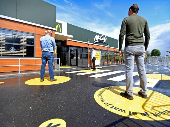 """McDonald's ha diseñado un restaurante """"a prueba de virus""""."""