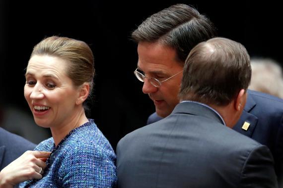 Mette Frederiksen, primera ministra de Dinamarca, Mark Rutte, primer ministro de Países Bajos y Stefan Löfven, primer ministro de Suecia —miembros de los 'Frugal Four' junto a Austria.