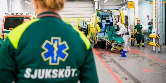 Suecia proclama el éxito de su controvertida estrategia sin cierre ante el coronavirus, pero el país sigue teniendo una de las tasas de mortalidad más altas del mundo.