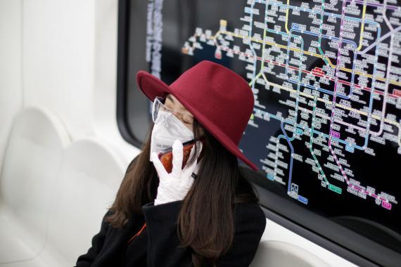 Viajar en metro durante el coronavirus.