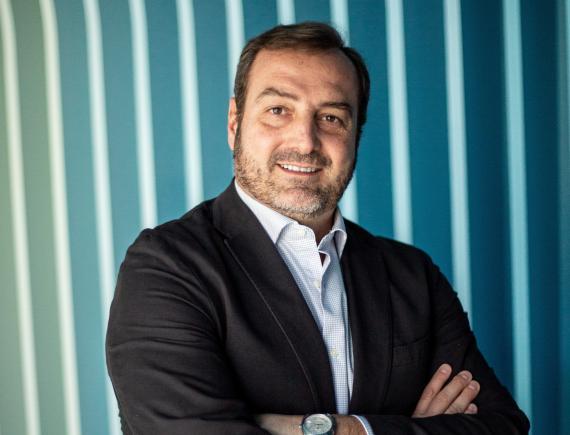 Ángel Sáenz de Cenzano, Head of Spain and Portugal en LinkedIn.