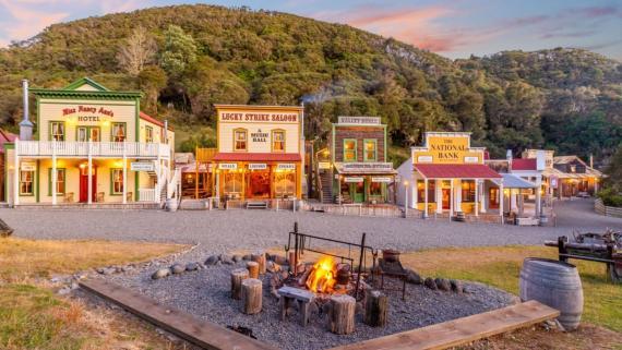 """La """"calle principal"""" de Mellonsfolly Ranch, en Nueva Zelanda."""