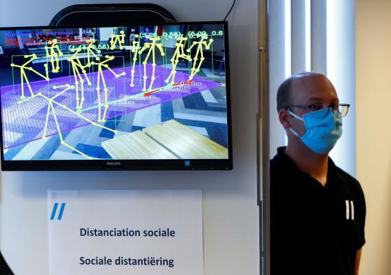 Cámaras inteligentes con sensores para asegurar la distancia social en Bélgica.