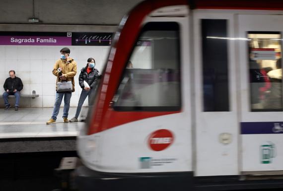 El metro de Barcelona, durante la pandemia del coronavirus