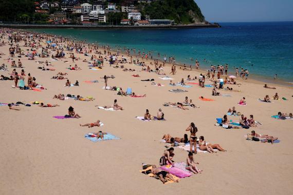 Playa de Ondarreta, San Sebastián.