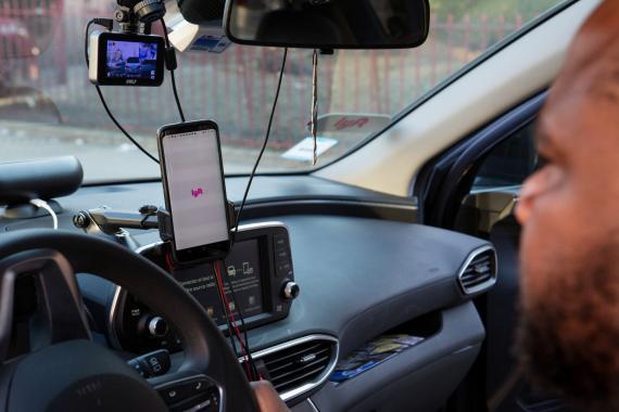 Conductores de Uber buscan descifrar el algoritmo de la compañía