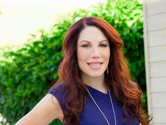 Lynn Taylor, experta nacional en el espacio de trabajo.