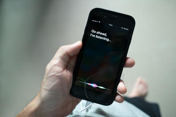 Siri.