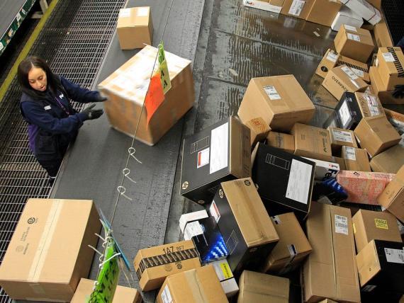 El CEO de Shopify dice que Amazon no es un competidor, pero el CEO de Amazon dice que sí lo es.