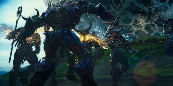 """Fotograma de la película """"Transformers: El último caballer"""" (2017)"""