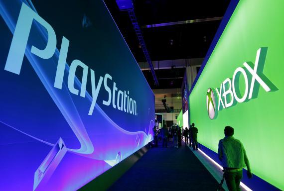 Un panel de PlayStation y Xbox en el E3 de 2014