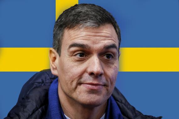 Pedro Sánchez, presidente del Gobierno delante de una bandera sueca.