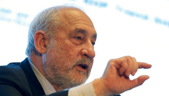 El premio Nobel de Economía de 2001, Joseph Stiglitz