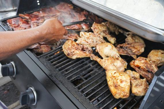 Algunos alimentos se cocinan mejor a la parrilla que otros.