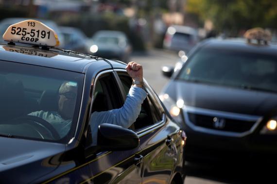 Un taxista en una protesta contra Uber en Montreal, Canadá.