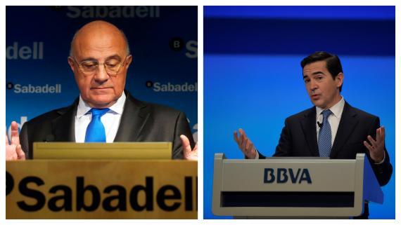 Josep Oliu, presidente del Banco Sabadell y Carlos Torres, presidente del BBVA