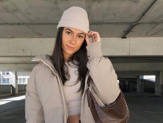 Carolina Freixa tiene alrededor de 260.000 seguidores en TikTok y hace videos de moda.