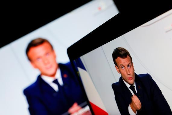 El presidente francés, Emmanuel Macron, comparece para anunciar el segundo confinamiento en el país por el coronavirus.