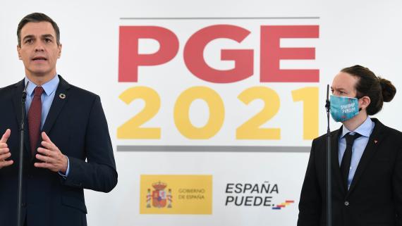 El presidente del Gobierno, Pedro Sánchez, junto al vicepresidente, Pablo Iglesias.