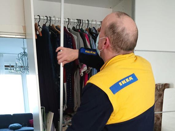 Gerard Danks lleva más de 4 años trabajando para Ikea.