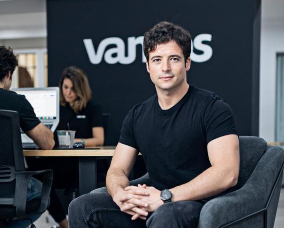 El fundador y CEO de Vamos, también ex Cabify y ex CEO de Amovens, Mario Carranza.