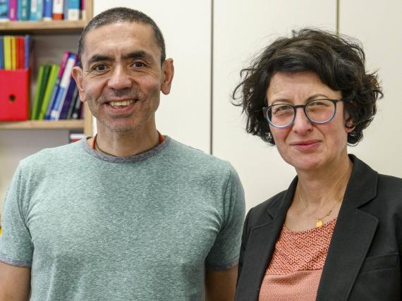 El Dr. Ugur Sahin y la Dra. Özlem Türeci.