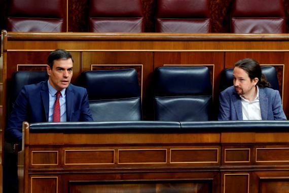 El presidente de Gobierno, Pedro Sánchez, y el vicepresidente segundo, Pablo Iglesias, en el Congreso.