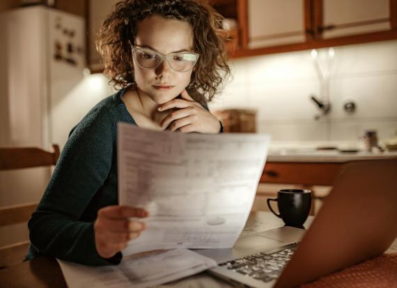 Cómo hacer tu primera factura como autónomo
