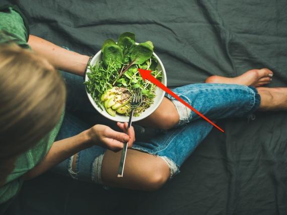 Las espinacas son un alimento bajo en calorías.