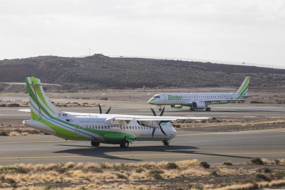 Un avión de la aerolínea Binter Canarias.