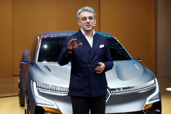 El CEO de Renault, Luca de Meo, en una presentación en octubre de 2019.