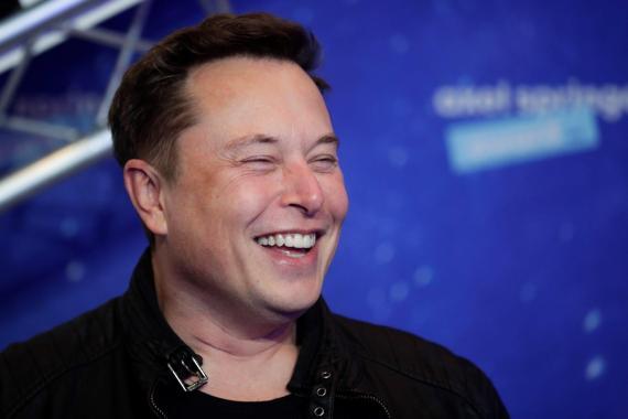 Musk espera poder llevar a un millón de personas a Marte en 2050 con los cohetes de SpaceX.