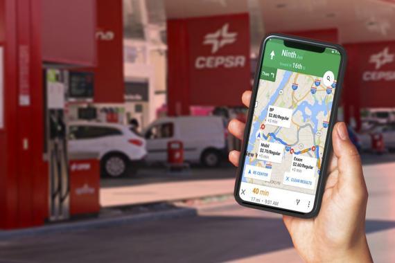 Google Maps con información de gasolinera