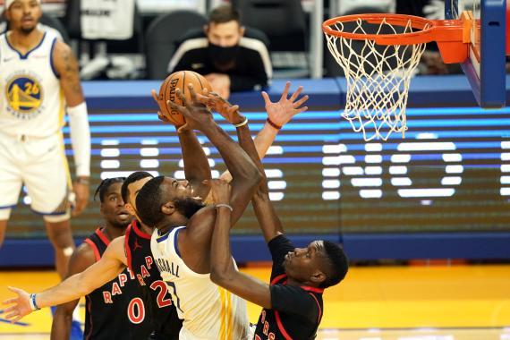 Partido entre los Toronto Raptors y los Golden State Warriors