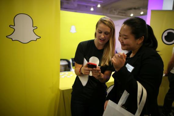 Snapchat paga a los creadores de contenido viral