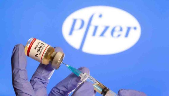 ¿La vacuna de Pfizer produce insomnio? Reacciones adversas que puede provocar